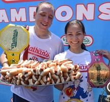 Nathan-hot-dog-eating-contest
