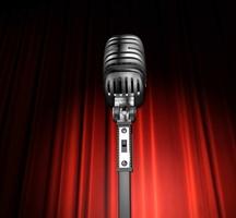 Comedy-mic-center-2