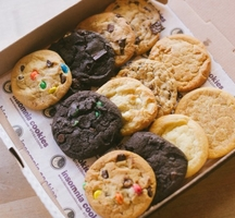 Insomnia-cookies-1-630x420